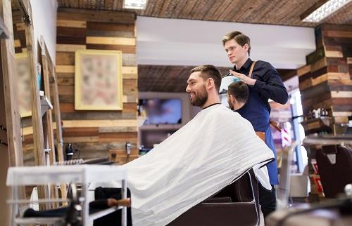 un coiffeur à Nîmes dans le centre-ville